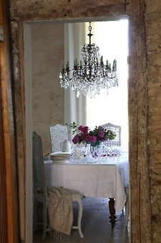 Decorating With French Provincial White Cane Furniture - decoration,wood,wood working,furniture,decorating French Country Dining Room, French Country Cottage, French Farmhouse, Country Farmhouse, Country Chic, Shabby Chic, French Decor, Home Living, Beautiful Homes