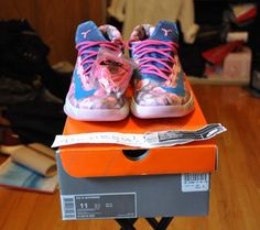 """GTA   DS Nike """"Aunt Pearl"""" KD6 - Size 11   Listed Items Free Local Classifieds Ads Sell Items, Gta, Aunt, Toronto, Buy And Sell, Pearls, Nike, Stuff To Buy, Shoes"""