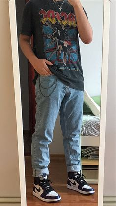 Indie Fashion Men, Tomboy Fashion, Teen Fashion Outfits, Retro Outfits, Vintage Outfits, Trendy Mens Fashion, Street Style Outfits Men, Stylish Mens Outfits, Cute Casual Outfits
