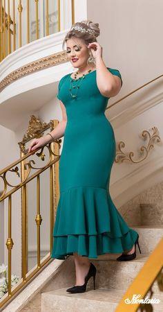 Dressy Dresses, Lovely Dresses, Short Dresses, African Fashion Dresses, African Dress, Curvy Fashion, Fashion Photo, Dress Neck Designs, Indian Models