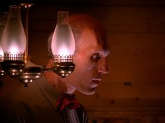 In Twin Peaks: EPISODE 8, page 2