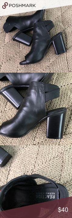 Kenneth Cole peep toe size 61/2 Adorable booties. Worn maybe 2times? Kenneth Cole Shoes Ankle Boots & Booties