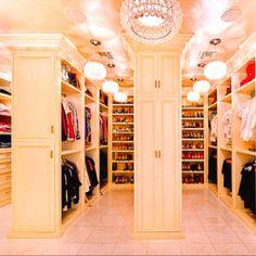 Amazing closet :)