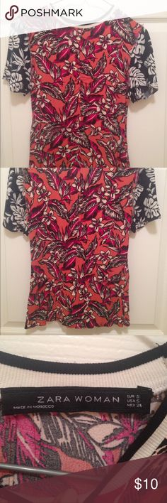 Zara floral blouse Mixed media floral print short sleeve blouse. Hidden zipper for easy take on/off and flattering fit. Zara Tops Blouses