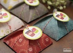 inspiring giftboxes by papiermarket on etsy Diy Gift Box, Diy Box, Gift Boxes, Chocolate Box Packaging, Chocolate Pack, Nifty Crafts, Tiny Gifts, All The Small Things, Wedding Favor Bags