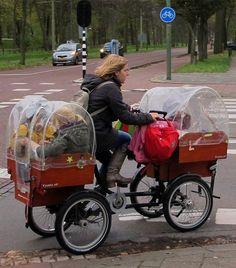 Topota Web - Tan irreal que es mentira: Inventan bicicleta con carrito para bebe doble par...