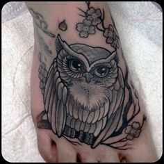 owl tattoo designs | Owl Tattoo On Foot
