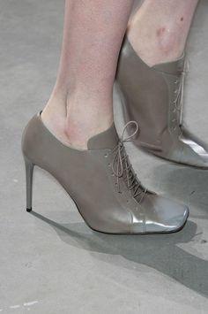 Acne fall 2014 RTW Talons Aiguilles, Types De Chaussures, Automne Hiver  2014, Chaussures 59a49c9e8f4
