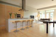 Cool Charm modern kitchen