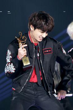 #Jungkook 180125 #BTS Seoul Music Awards ♡♡♡