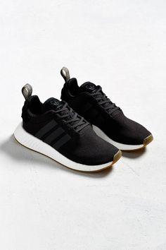 93e1b69d45e1 Slide View  6  adidas NMD R2 Sneaker