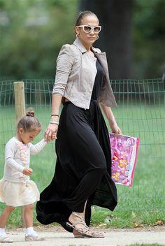 Jennifer Lopez & Emme at the Parc Monceau in Paris