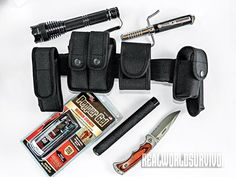 Assemble a defense weapon belt that's ready to strike at any time!