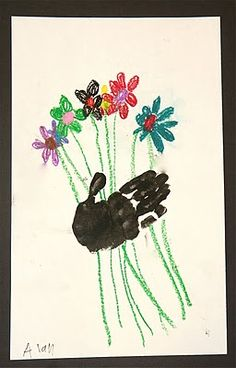Cute handprint flower bouquet craft for Mother's Day - would be cute for Josh to send to grandmothers - maybe he can draw the flowers and Addie can do the handprints!