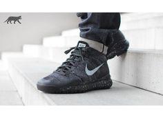 Nike Flyknit Trainer Chukka FSB (Black / Sail - Dark Grey - Light Charcoal)