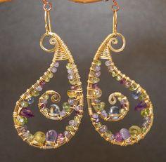 Luxe Bijoux 176 Hammered Paisley Earrings