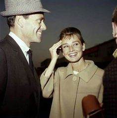Audrey Hepburn and Mel Ferrer Audrey Hepburn Mode, Audrey Hepburn Photos, British Actresses, Actors & Actresses, Gone Girl, Celebs, Celebrities, Pretty Woman, Pretty Girls