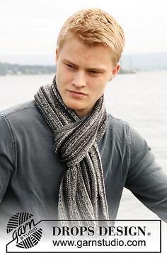 135-19 Scarf in garter st in Fabel by DROPS design