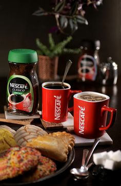 #Ad Sobremesa is the most important time in the day for my family to reconnect after a long loco day, and there is no better way to bring us relaxation than with a cup of  Nescafé Clásico  We sit around the table with our nightly postres and a warm glass of Nescafé to truly feel the comforts of home!  Find it at Walmart