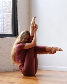 Yoga Asanas With Pictures And Benefits In Hindi Yoga Asanas With Pictures And Benefits In Hindi,gym-dance-self défense-sport Yoga Postures Hd Images Related 'Little black dress' de los que Becky G estaría orgullosa -. Yoga Motivation, Yoga Inspiration, Fitness Inspiration, Yoga Routine, Yoga Fitness, Workout Fitness, Yoga Vinyasa, Beautiful Yoga Poses, Yoga Position
