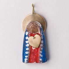 pingente Sagrado Coração . madeira e ouro