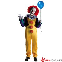 If seeing IT hasn't adequately horrified you from now till Halloween why not take on the infamous Pennywise as your costume for this year. The good news is, quick Pennywise Halloween costume suggestions is relatively simple. Pennywise The Clown Costume, Scary Clown Halloween Costume, Es Pennywise, Wholesale Halloween Costumes, Looks Halloween, Creepy Clown, Halloween Fancy Dress, Spirit Halloween, Halloween Gifts