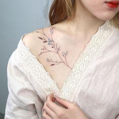 Mini Tattoos, Cute Tattoos, Body Art Tattoos, Small Tattoos, Small Feminine Tattoos, Delicate Tattoos For Women, Small Pretty Tattoos, Hidden Tattoos, Beautiful Tattoos For Women