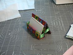 Tutorial: Sew a business card holder | Quilt in Progress
