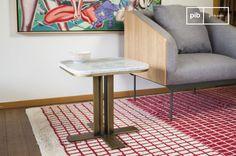 La mesa auxiliar carrera es una mesa auxiliar vintage que nos gusta mucho.