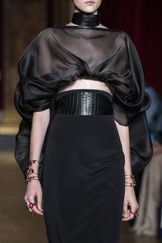 Antonio Grimaldi Couture Fall 2019 Fashion Show Details Style Haute Couture, Couture Fashion, Runway Fashion, Womens Fashion, Net Fashion, Fashion Goth, Fashion Week, Look Fashion, Fashion Details