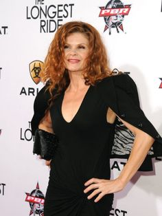 Lolita Davidovich at event of The Longest Ride Lolita Davidovich, Life's Been Good, The Longest Ride, Bra Cup Sizes, Aging Gracefully, Picture Photo, Redheads, Red Hair, Actresses