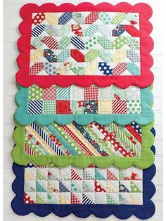 Scrappy Placemats Patterns Could make a little larger for doll quilts Table Runner And Placemats, Quilted Table Runners, Kitchen Placemats, Small Quilts, Mini Quilts, Quilting Projects, Sewing Projects, Diy Projects, Sewing Crafts