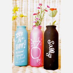 How great are the chalkboard vases!?!? @Emily, seems like something you would love!!