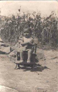 Ziquítaro. Para mí, que es Marisela. Foto de Silviano, a principios de los cincuenta.