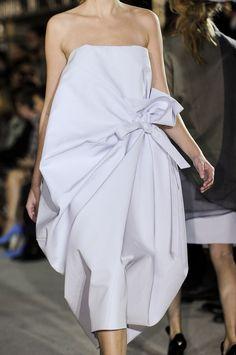 85 details photos of John Galliano at Paris Fashion Week Spring 2013.