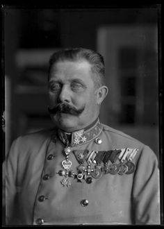 Archduke Franz Ferdinand// was an Archduke of Austria-Este, Austro-Hungarian and Royal Prince of Hungary and of Bohemia and, from 1896 until his death, heir presumptive to the Austro-Hungarian thro