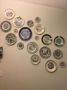 Plate Wall - Old Florida Theme Kitchen