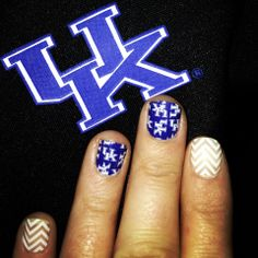 As a Vol fan, it almost pains me to post this. University of Kentucky nail wraps