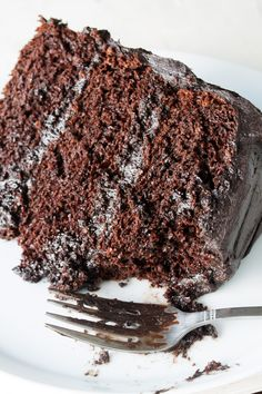 Matilda Cake----The Most Amazing Chocolate Cake is here. I call this my Matilda Cake because I swear it's just as good as the cake that Bruce Bogtrotter ate in Matilda. This is the chocolate cake you've been dreaming of! Matilda Chocolate Cake, Beattys Chocolate Cake, Too Much Chocolate Cake, Dairy Free Chocolate Cake, Amazing Chocolate Cake Recipe, Delicious Chocolate, Chocolate Desserts, Perfect Chocolate Cake, Chocolate Cake In Crockpot