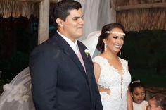 ♥♥♥  Casamento real com chuva: Alarissa e Pablo A Alarissa e o Pablo enfrentaram um casamento real com chuva e superaram as expectativas. Acreditando que ia dar certo, eles foram lá e fizeram! http://www.casareumbarato.com.br/casamento-real-com-chuva/