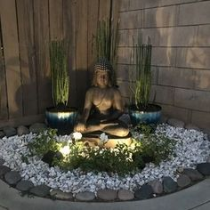 Zen Garden Design, Japanese Garden Design, Japanese Garden Backyard, Small Japanese Garden, Outdoor Zen Garden Diy, Japanese Gardens, Zen Rock Garden, Zen Gardens, Feng Shui Garden Design