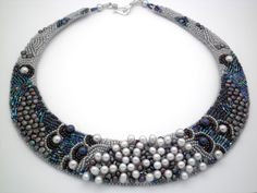 Freshwater pearl bead embroidered collar, OOAK elegant statement pearl beaded necklace.
