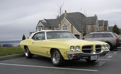 1972 Pontiac LeMans (Owned one) Pontiac Lemans, Pontiac Cars, American Classic Cars, American Muscle Cars, Old School Muscle Cars, Best Car Deals, Hot Rides, General Motors, Car Car
