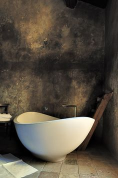 | P | Rough Venetian Plaster Walls without the final coat of wax | Agape tub