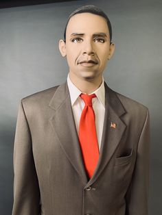 Just because your graduation has been cancelled due to CORVID19, doesn't mean you can't have memorable graduation photo. Take an instaworthy photo with our limited edition President Obama mannequin. the mannequin was released just before Obama became President (which is why he looks so young, before the stress of being President aged him). The young Obama represents the hope that we once had for change, and the hope we still need to keep alive along with action. At our warehouse we have other pr Young Obama, Start Online Business, Floral Headdress, Graduation Photos, Creative Photos, Warehouse, Presidents, How To Memorize Things