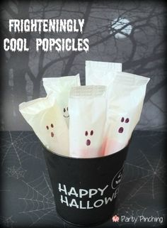 Ghastly Popsicles with permanent marker | 31 Last-Minute Halloween Hacks