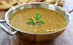 A delicious dhal recipe featuring fresh spinach and ayurvedic spices. Vegan Gluten Free, Vegan Vegetarian, Dahl Recipe, Maharishi Ayurveda, Ayurvedic Recipes, Curry, Cooking Recipes, Healthy Recipes, Chapati