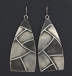 Silver Earrings by Michael Roanhorse (Navajo) Mixed Metal Jewelry, Metal Clay Jewelry, Jewelry Art, Jewelry Design, Fashion Jewelry, Silver Earrings, Silver Jewelry, Precious Metal Clay, Turquoise Jewelry