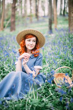 aclotheshorse: picking bluebells in @sondeflor