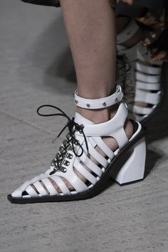 Marques' Almeida Fall 2018 Fashion Show Details - The Impression - https://sorihe.com/zapatosdemujer/2018/02/27/marques-almeida-fall-2018-fashion-show-details-the-impression-2/ #shoeswomen #shoes #womensshoes #ladiesshoes #shoesonline #sandals #highheels #dressshoes #mensshoes #heels #womensboots #womenshoesonline #buyshoesonline #cheapshoes #cheapshoesonline #walkingshoes #silvershoes #ladiesfootwear #shoeshops #ladiesshoesonline #goldshoes #platform shoes #onlineshoestores…
